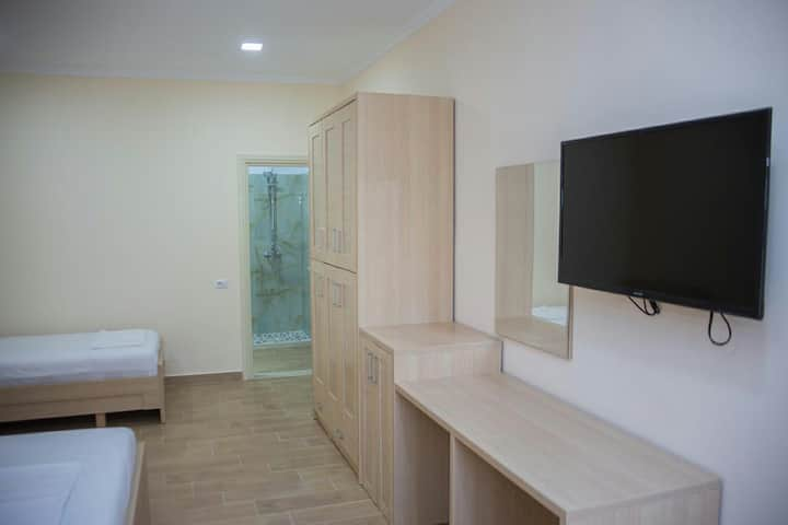 Hotel Fitimi / Quadruple Room without kitchen