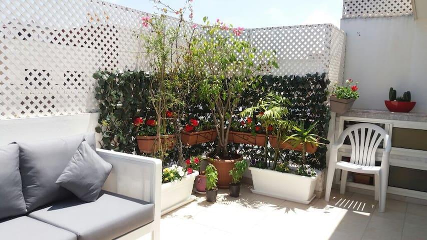 Rabat Agdal appart cosy ensoleillé avec terrasse