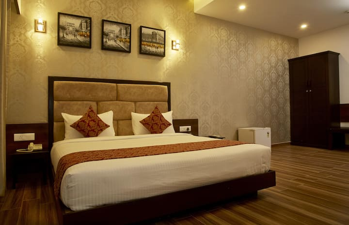 Experience the Passion of Hospitality(Executive Room)