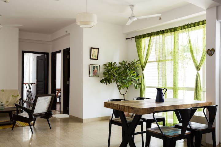Tasteful vintage apartment - Noida - Flat