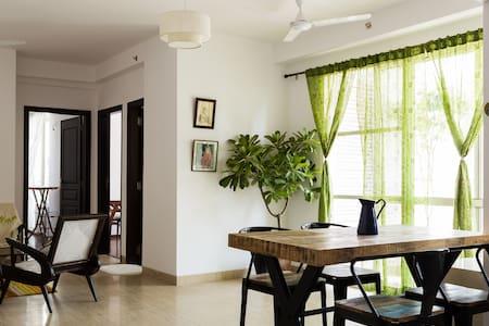 Tasteful vintage apartment - Noida - Apartamento