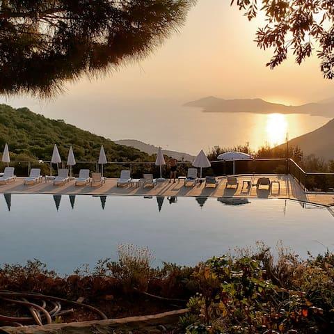 Seaview Tranquil Villa longterm rental
