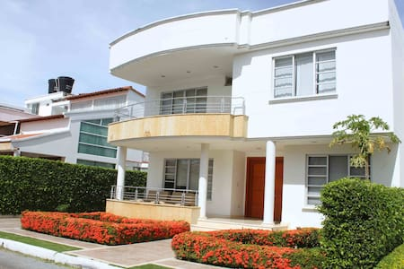 High Standard - Modern - Safe Big House in Cucuta
