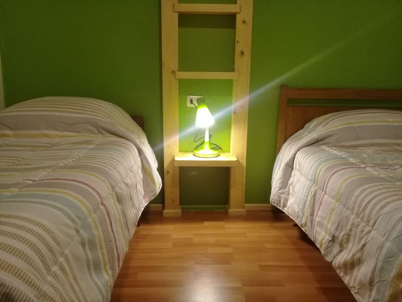 habitacion nueva y dos camas