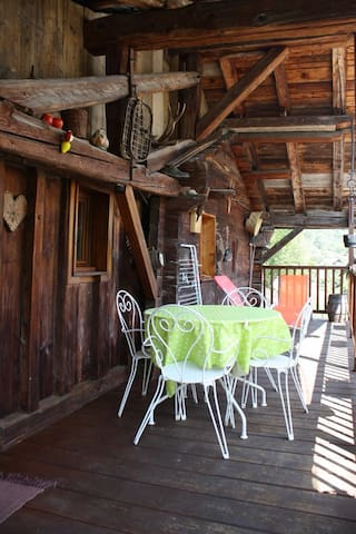 Chalet authentique de 1792 - Villard-sur-Doron