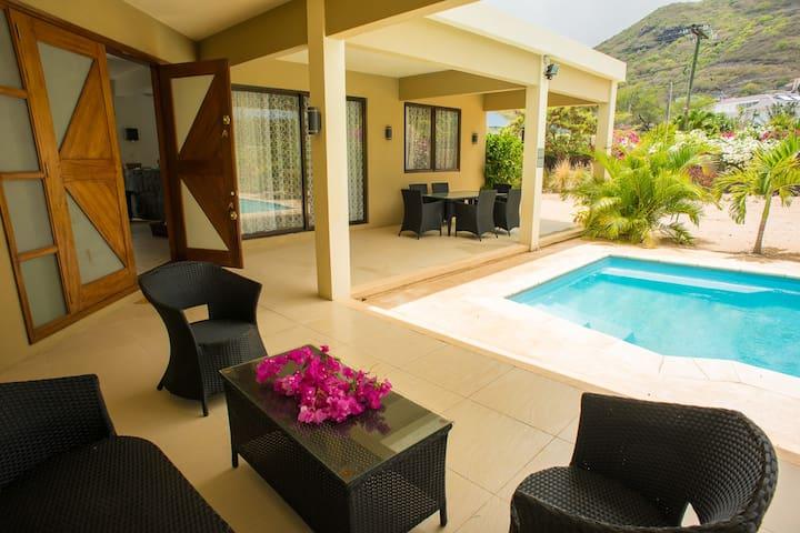 Mount & Seaview Villa Mauritius - Tamarin - Vila