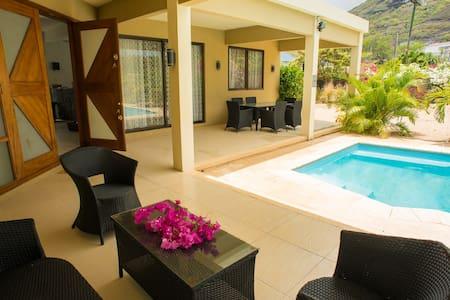 Mount & Seaview Villa Mauritius - Tamarin
