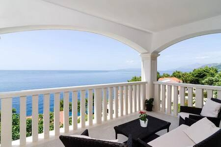 Apartments Villa Bella Vista - Two Bedroom Apartment with Balcony and  Sea  View