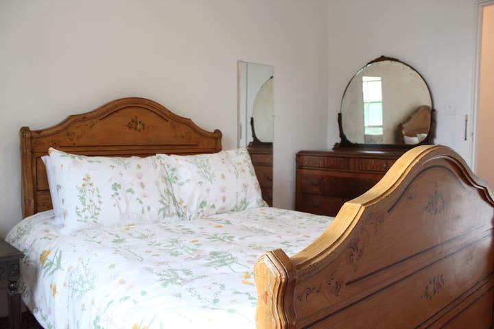 Bedroom #2 - queen bed.