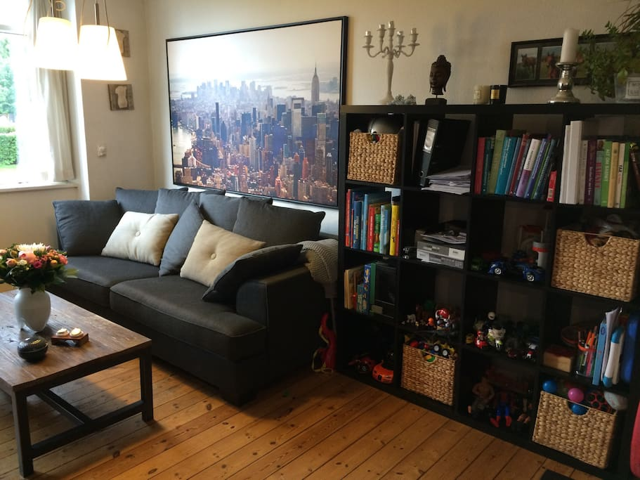 Living room, and toys