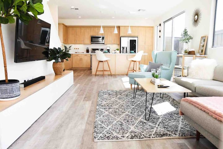 ☀ Architecture Digest Inspired Modern Smart Home