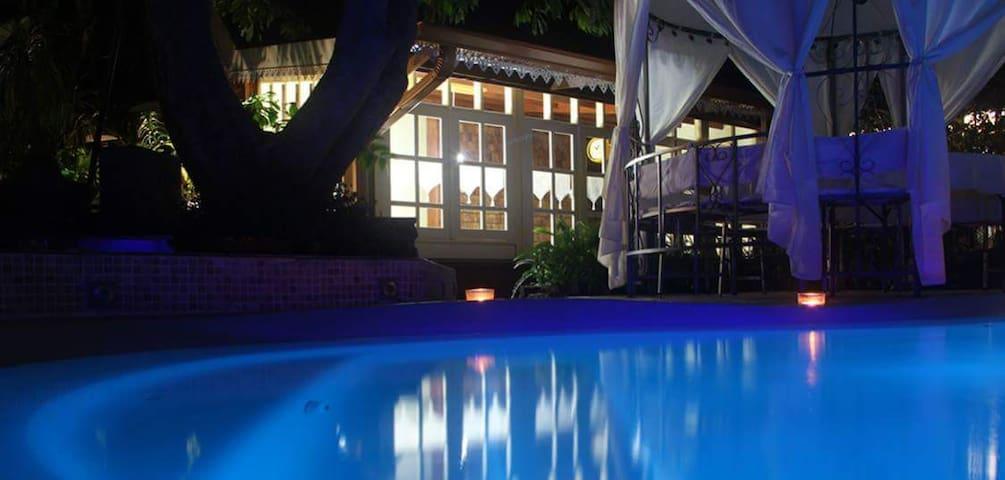 Villa Coeur Vanille 3* - Piscine chauffée-Jacuzzi