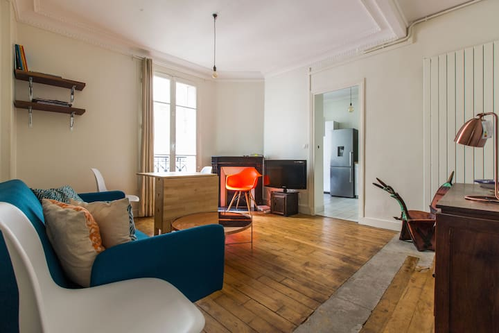 Spacious & Charming Apartment in Montmartre