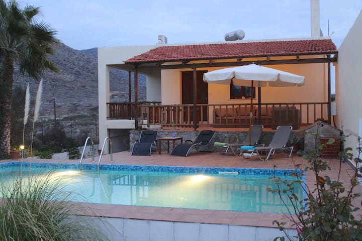 villa/ private pool/ 200m to Stavros beach Chania - Stavros - House