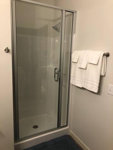 Beautiful One Bedroom Suite!