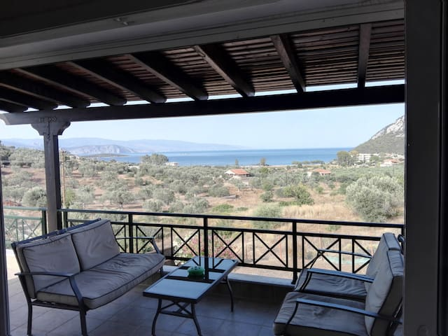Private house with seaview and BBQ - Ermioni - House