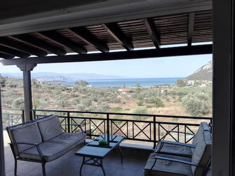 Private house with Fantastic Seaview and  BBQ