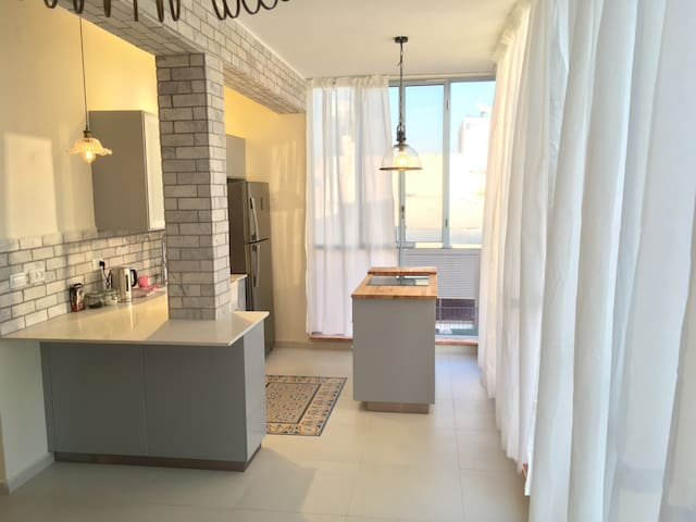 Hotel style apartment - Tel Aviv-Yafo - Appartement