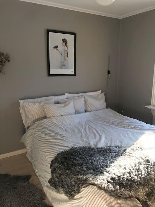 Bedroom 1 upstairs queen bed