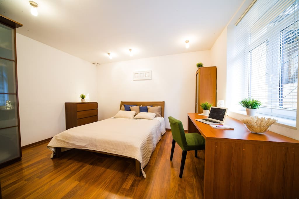 Bedroom with Double Bed and Desk