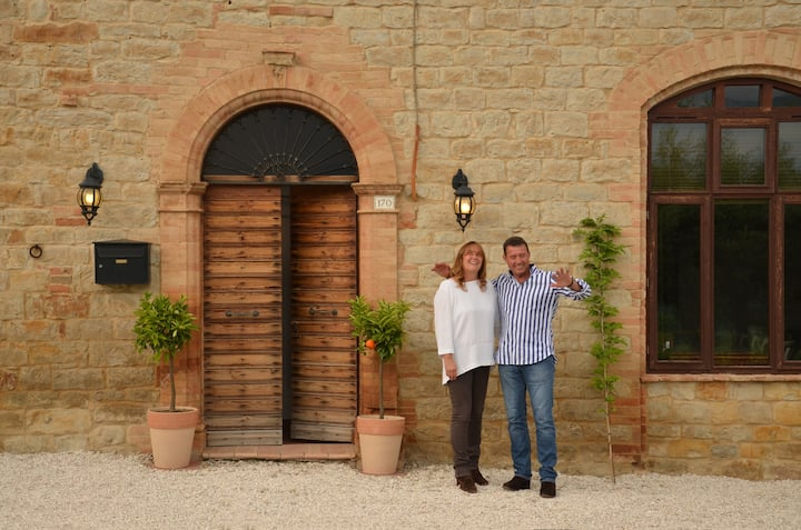 Casale Bramasole B&B - The Olive Room