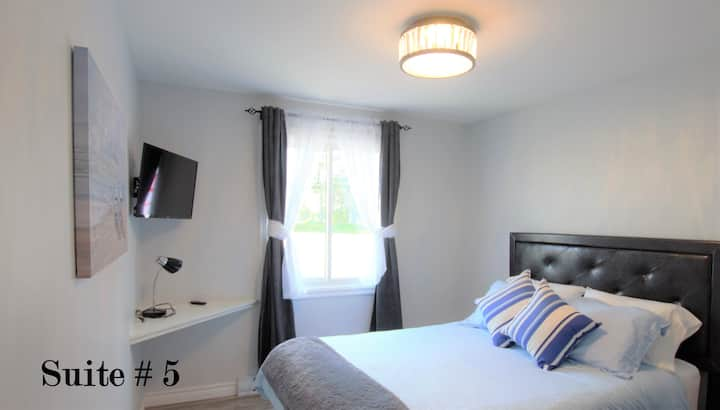 BANK on a Comfortable stay at the Baie!  Suite #5