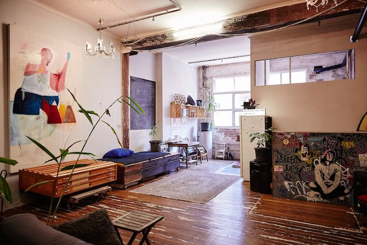 Bright central Chippendale warehouse apartment - Chippendale - Apartment