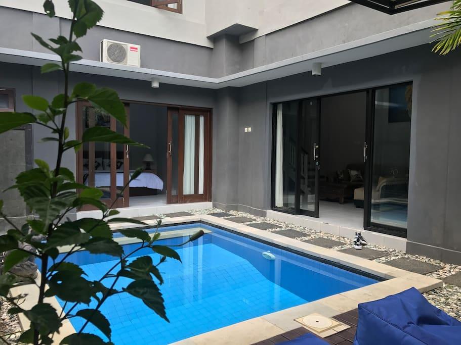 villa d 39 carik 1 villen zur miete in kuta bali indonesien. Black Bedroom Furniture Sets. Home Design Ideas