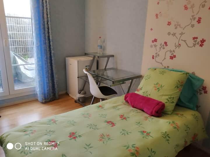 Chambre privée N° 3  BONNEUIL/MARNE 30 mn de Paris