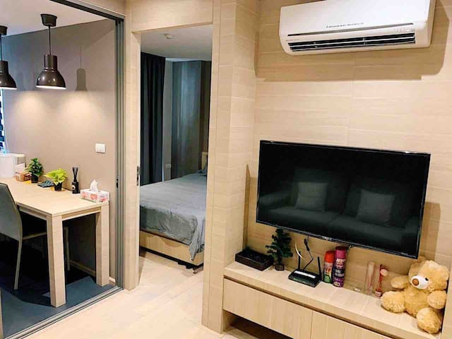1 BED ROOM FULLY FURNISHED, NEAR MRT, BTS SILOM