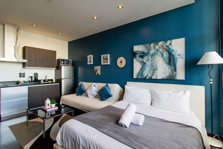 Gramercy Cozy Rustic Studio with Memory Foam Bed