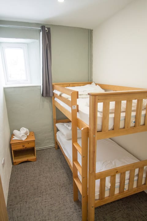 Great Langdale Bunkhouse - Room 1 - Twin Room