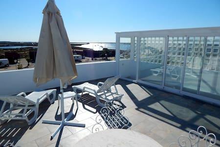 Chambre 2p. près du port et plages de Santa Luzia! - Santa Luzia