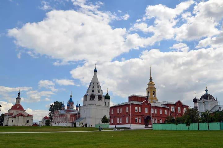 Квартира-студия рядом с Коломенским Кремлем
