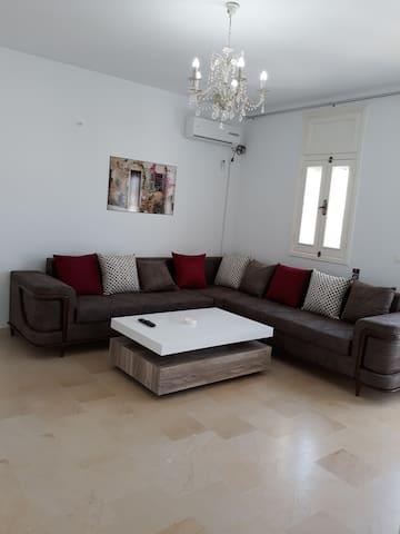 Appartement s+2 bien meublée a Manouba