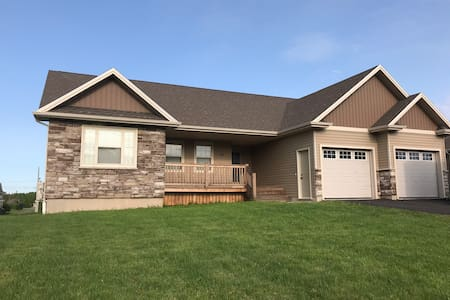 Bright, spacious 4BR house, close to Charlottetown