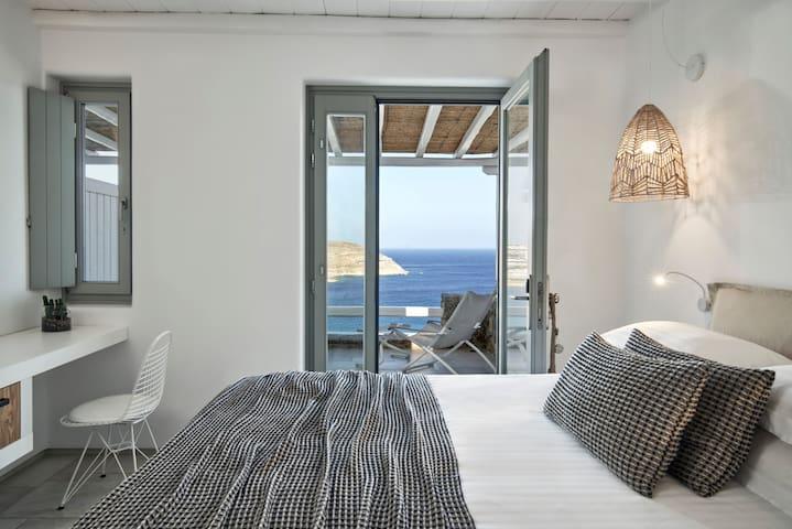 Cozy room sea view