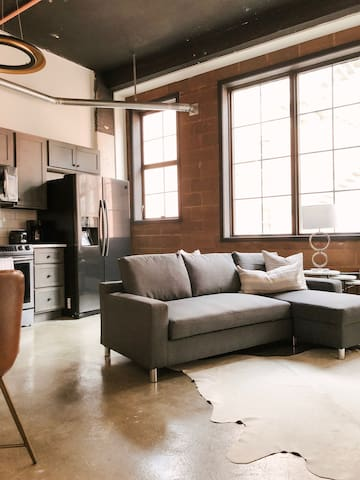 Cozy Gay St Loft