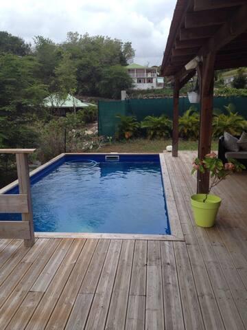 Villa avec piscine centre du gosier - Ле-Гозье - Дом
