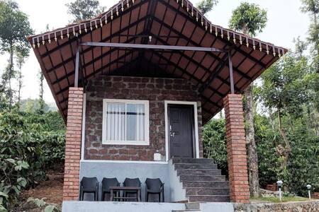 Kambalakaad Holiday Home - Estate View Villa Stay
