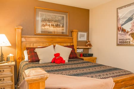 Comfy mountain suite near world class skiing - Silverthorne
