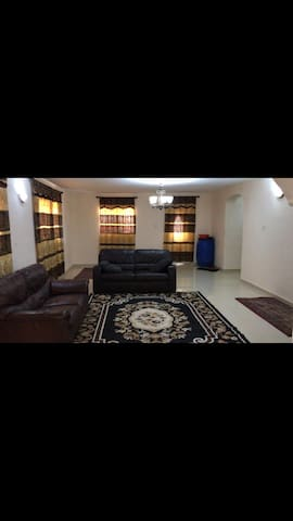 Newly furnished 3 bedrooms Available