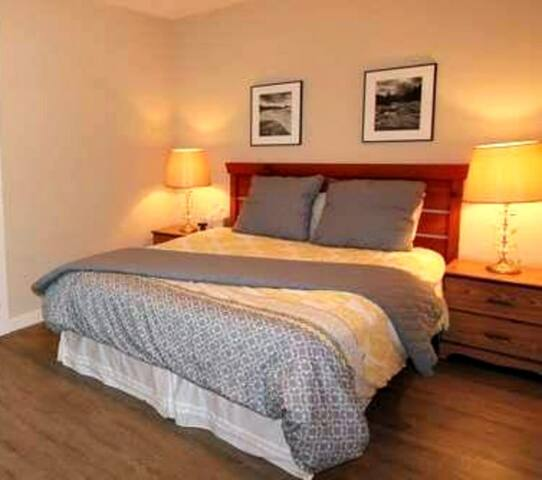 Little Hill Guest Room - Ucluelet - House
