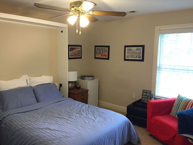 Shore  bedroom, close to beaches! - Berkeley Township - Casa