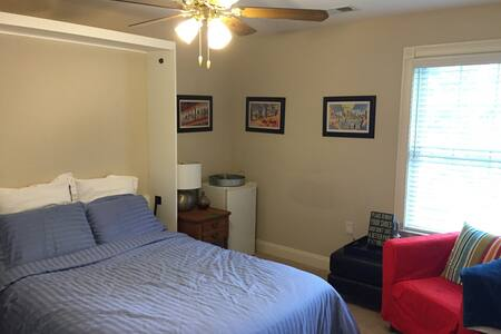 Shore  bedroom, close to beaches! - Berkeley Township - Rumah