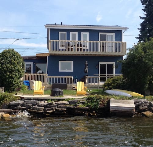 Waterfront Cottage in Prince Edward - Belleville
