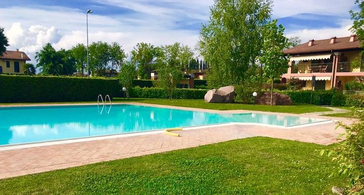 Appartamento con piscina a Peschiera del Garda