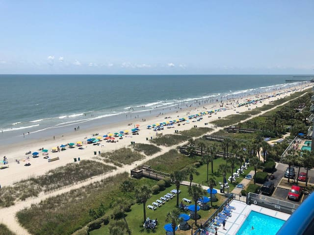 Oceanfront 1 BD/BA indoor/outdoor pool+hot sleep 8