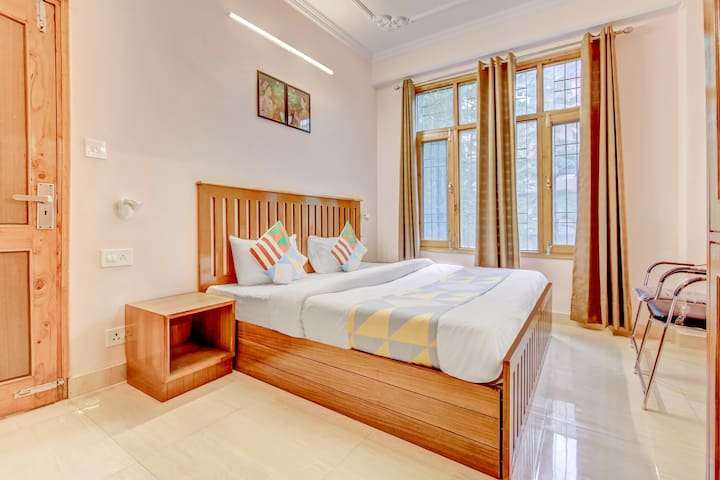 OYO - Pleasant 2BHK stay, Shimla (Price Strikes!)
