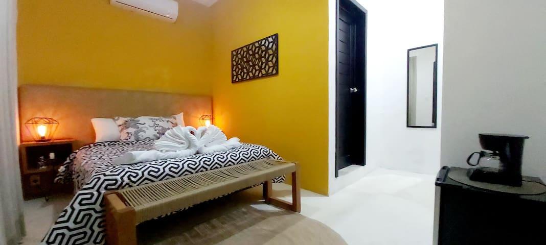 Room whit pool near beach